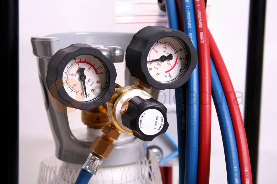 equipamentos oxigênio butano oxicombustível cilindros de gás sob pressão